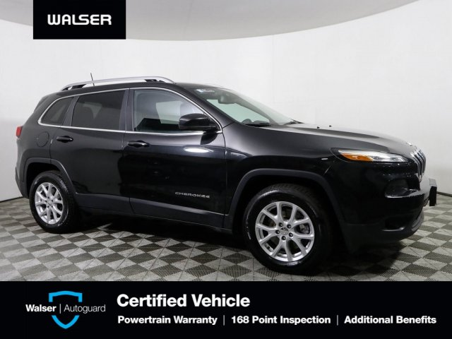 Pre-Owned 2016 Jeep Cherokee LATITIUDE 4WD