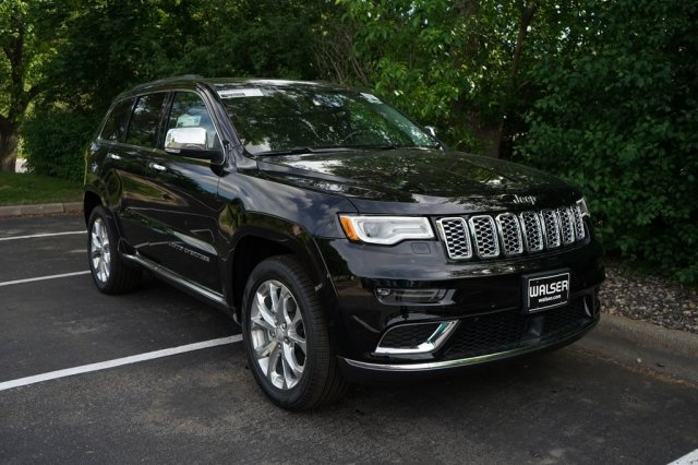 New 2019 Jeep Grand Cherokee JEEP GRAND CHEROKEE SUMMIT 4X4