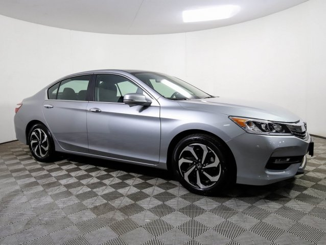 Certified Pre-Owned 2017 Honda Accord EX MOON CERTIFIED