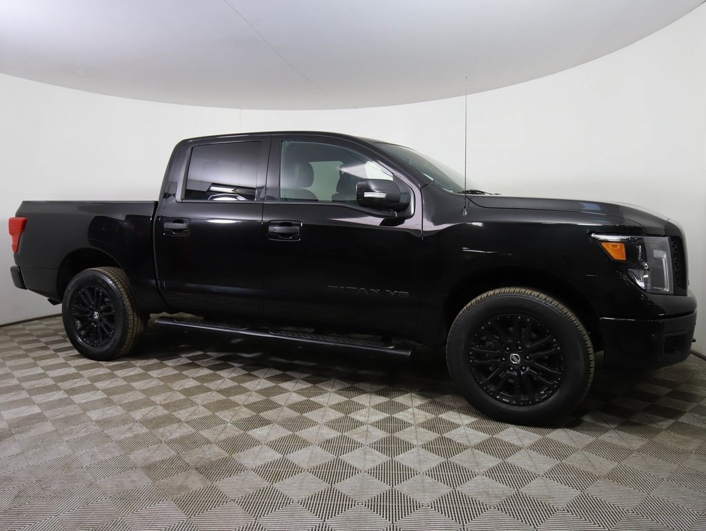 Certified Pre-Owned 2018 Nissan Titan SL MIDNIGHT!