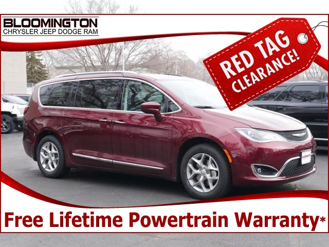 New 2018 Chrysler Pacifica Touring L Plus With Navigation