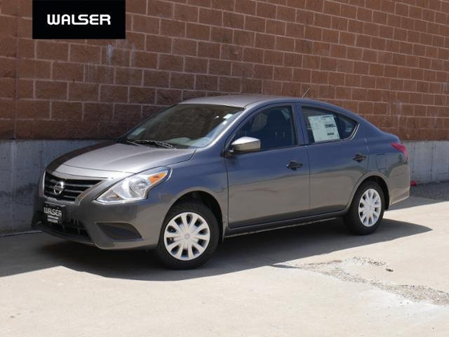 New 2019 Nissan Versa Sedan S M/T FWD