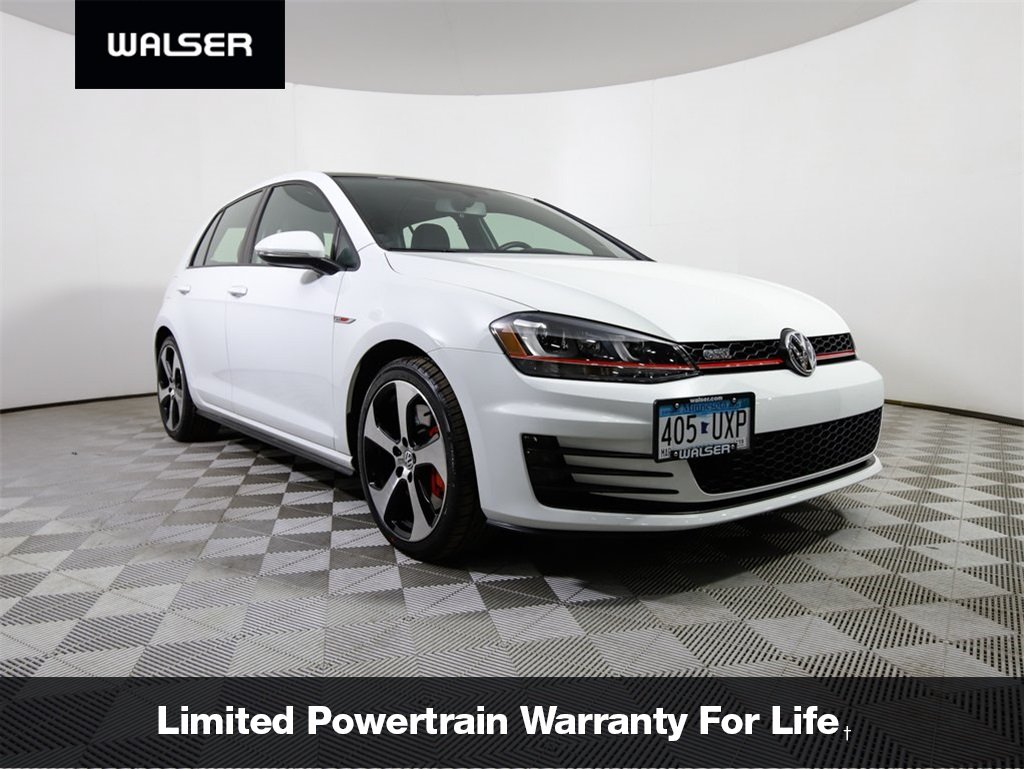 Pre Owned 2016 Volkswagen Golf Gti Se W Performance Package