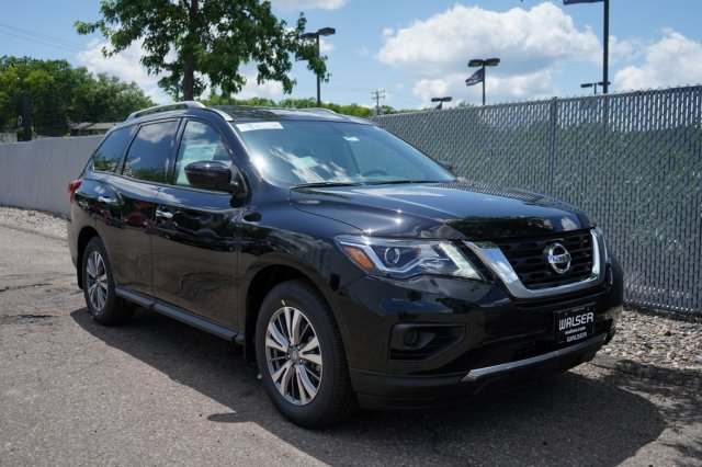 New 2019 Nissan Pathfinder S FWD