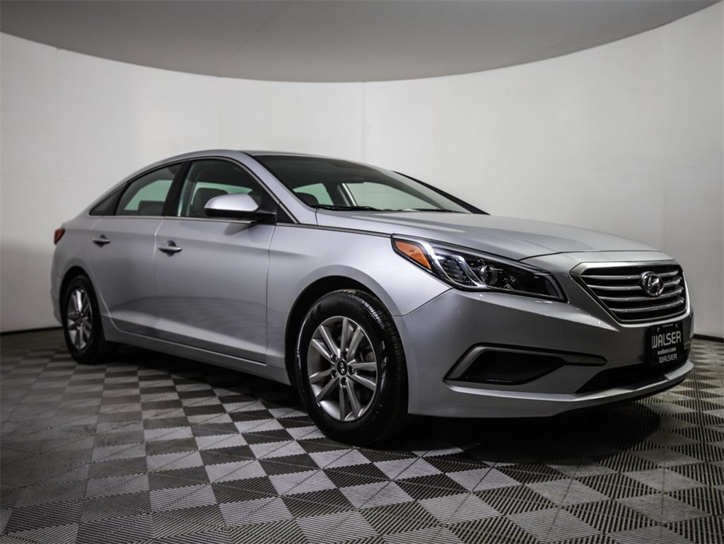 Certified Pre Owned 2017 Hyundai Sonata Alloys 36 Hwy Mpg