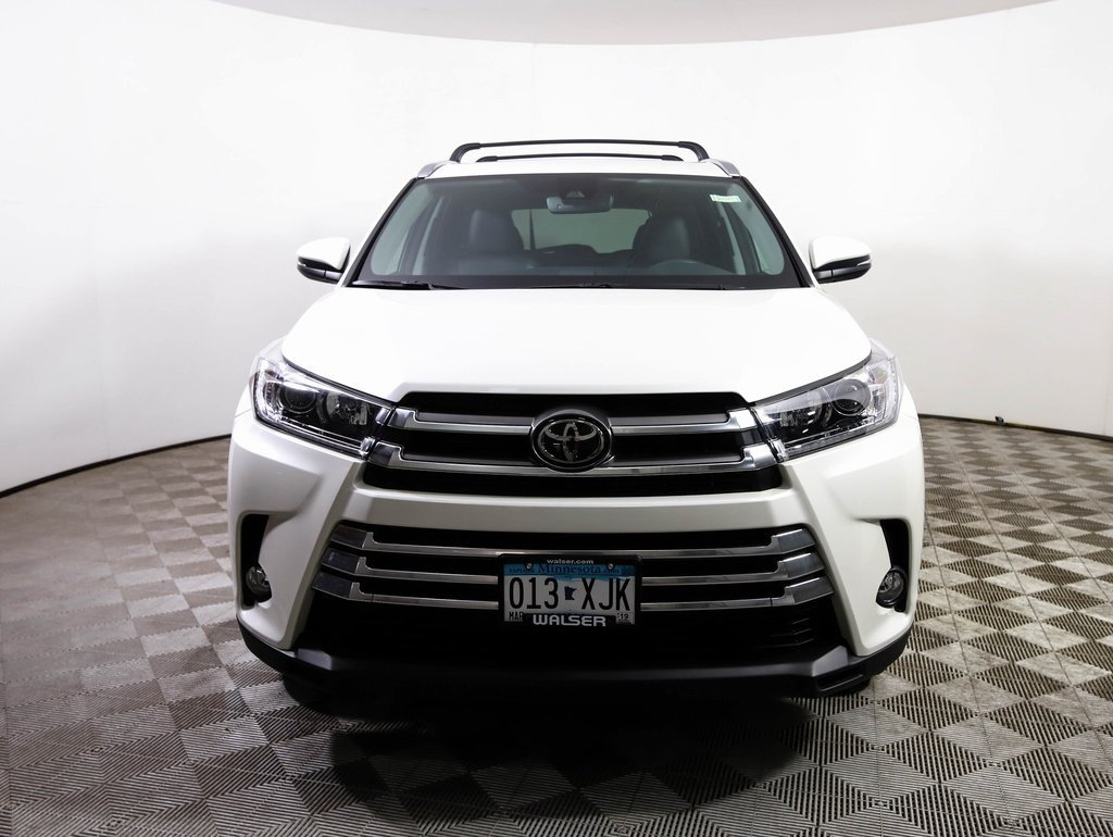 Pre Owned 2017 Toyota Highlander Limited Awd