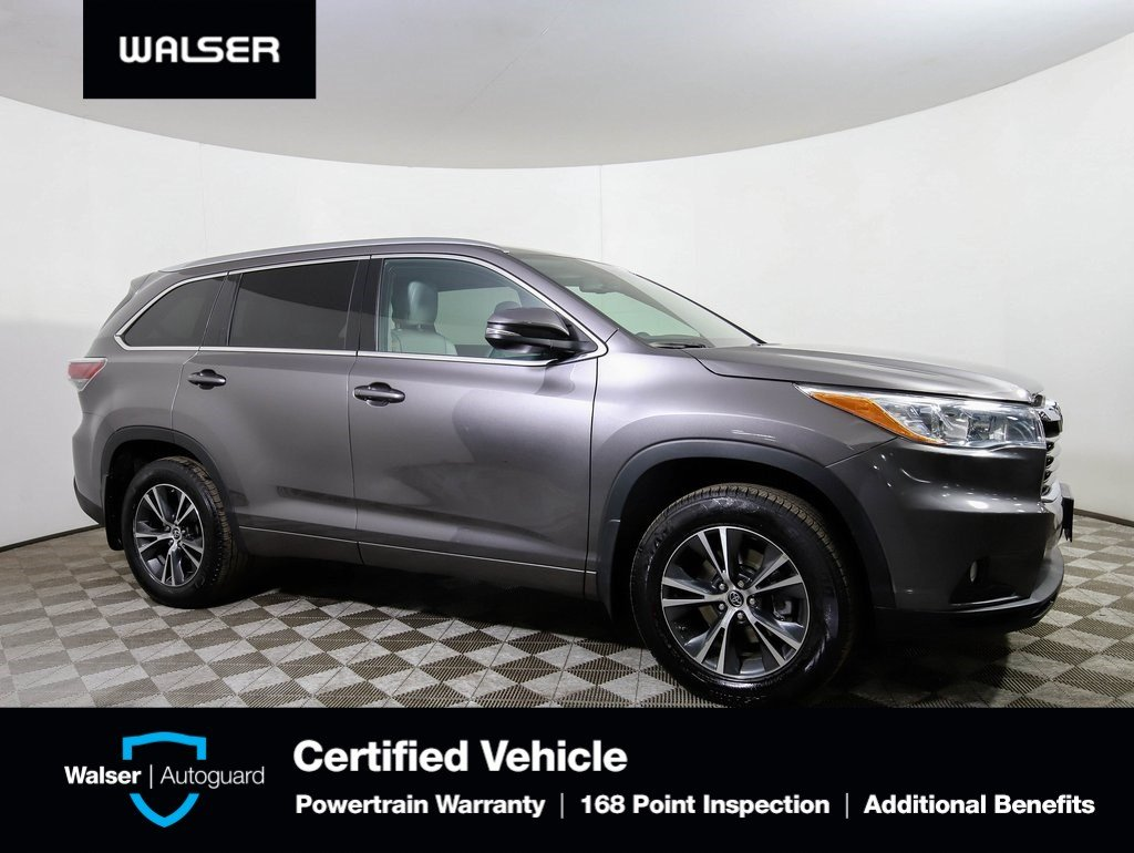Pre Owned 2016 Toyota Highlander Xle Awd