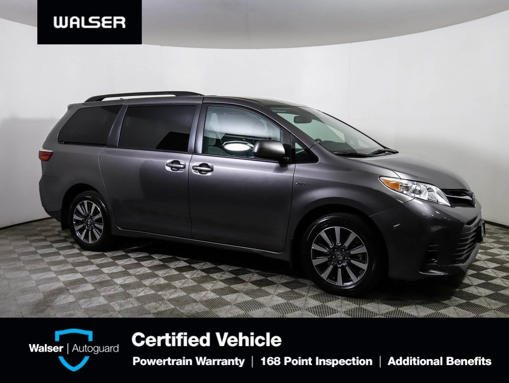 Pre Owned 2018 Toyota Sienna Le