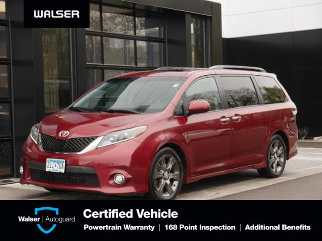 Pre-Owned 2015 Toyota Sienna SE 8-Passenger Moon Leather