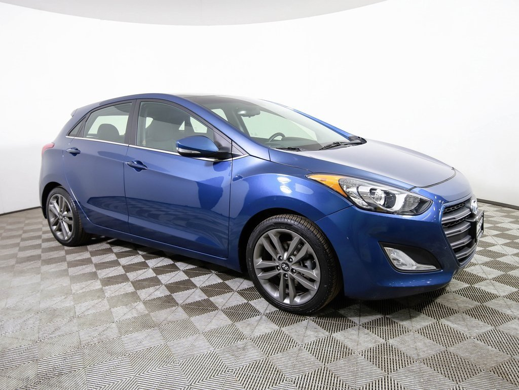 Certified Pre Owned 2016 Hyundai Elantra Gt Style Tech Pano