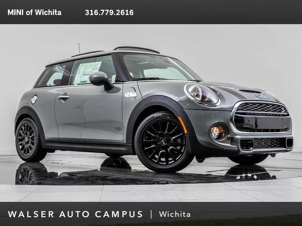 New 2019 MINI Hardtop 2 Door Cooper S FWD Hatchback