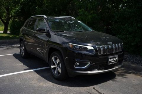 New 2019 Jeep Cherokee JEEP CHEROKEE LIMITED 4X4