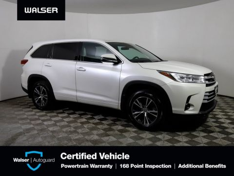 Pre-Owned 2018 Toyota Highlander LE AWD