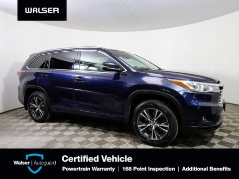 Pre-Owned 2016 Toyota Highlander XLE AWD