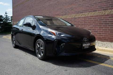 New 2019 Toyota Prius THREE
